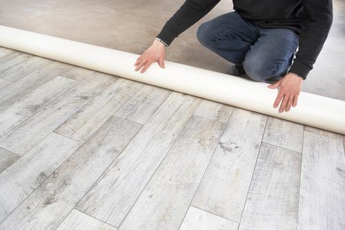Fußboden Reinigen ~ Boden verlegen reinigen klaus bodenleger wandgestaltung